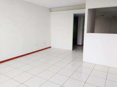 Oficina Administrativa A Puerta Cerrada, 120m² - Jesús María