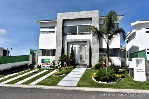 Bonita Casa Nueva Con Buenos Espacios Habitables