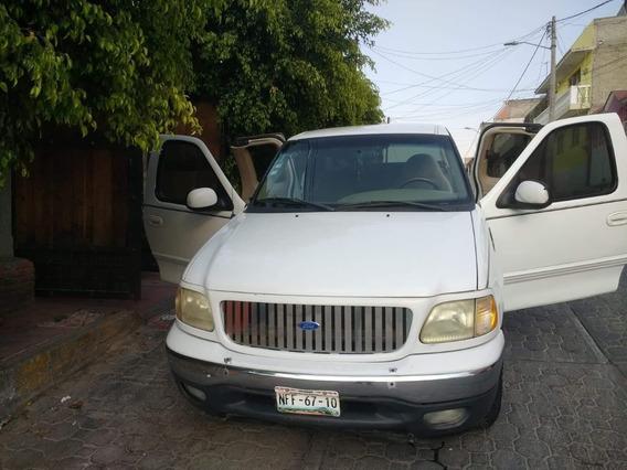 Ford Lobo 150