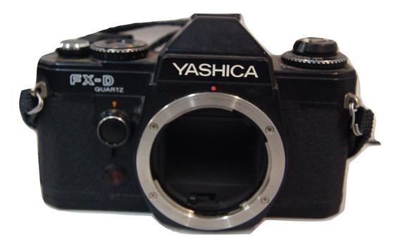 Câmera Analógica Yashica Fx-d (decoração )