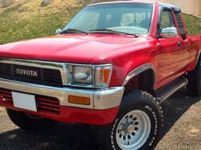 Toyota Pick Up 1990 Standar 6 Cilindros