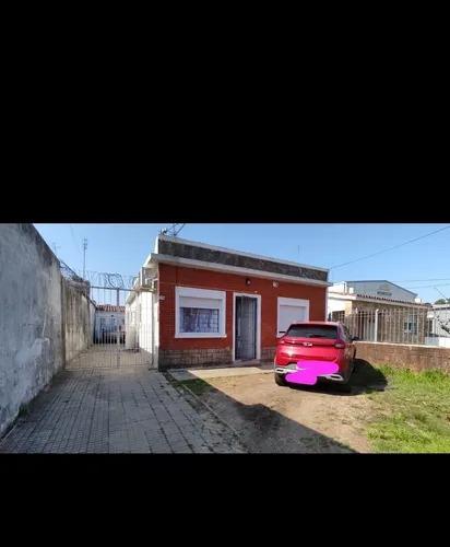 Imagen 1 de 11 de Se Alquila Casa En Zona De Colon