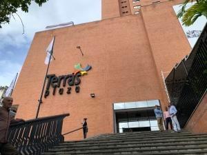 Alquiler De Local Comercial En Cc Terras Plaza P2-136