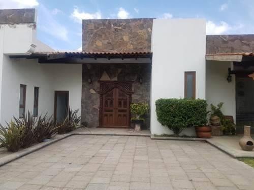 Venta De Casa En Tenextepec, Atlixco, Puebla, Fraccionamiento Huertos De Jesús