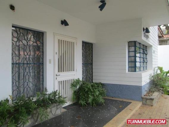 Casas En Venta. Urb Las Acacias. 18-13117