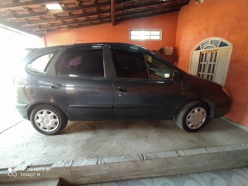 Renault Scenic 2002 1.6 16v Rt 5p