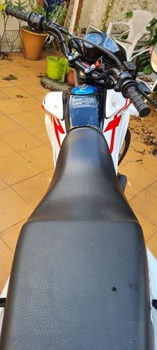 Honda Xr 150 L 730 Km 2021 Permuto Mayor O Menor Valor
