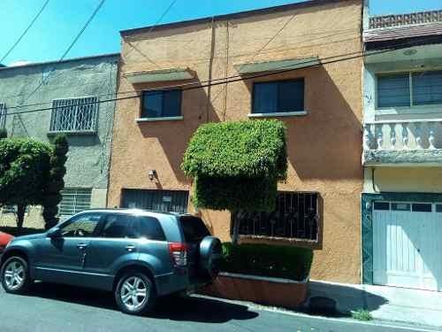 Gran Casa A 1calle Del Metro Canal Del Norte Y Cerca D Todo