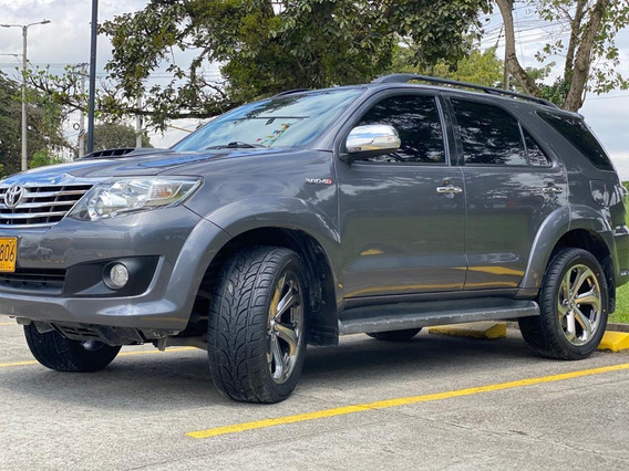 Toyota Fortuner Srv At 3.0 4x4 Diesel