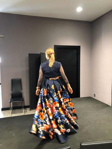 Hermoso Vestido, Origen España ,del Diseñador Manu Garcia