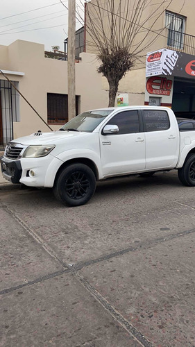 Toyota Hilux 3.0 Cd Srv Cuero I 171cv 4x2 2012