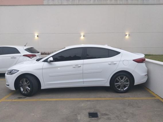 Hyundai Elantra 2.0 16v Top Flex Aut. 4p 2017