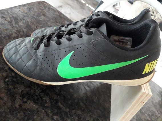 Tênis Nike De Futsal