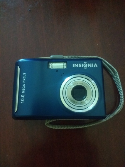 Câmera Digital Insignia 10.0 Mega Pixels