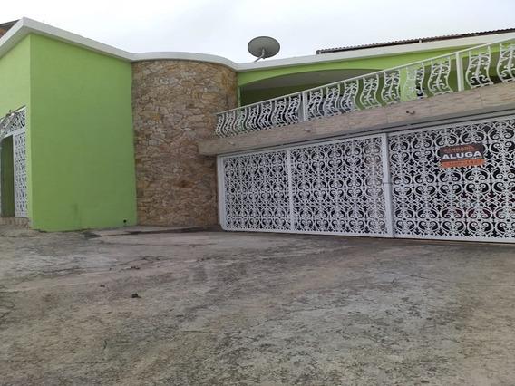 Casa Com 03 Dormitórios E 01 Vaga De Garagem - Veloso (semi Independente) - 11558