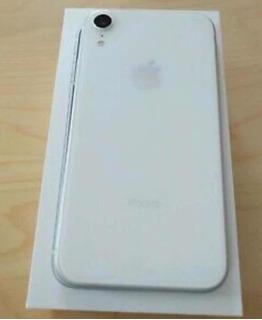 iPhone Xr 128gb + Película