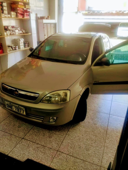 Chevrolet Corsa Sedan 1.8 Joy Flex Power 4p 2005