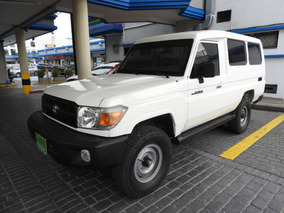 Toyota Land Cruiser 70 Mt 4.0 Cc