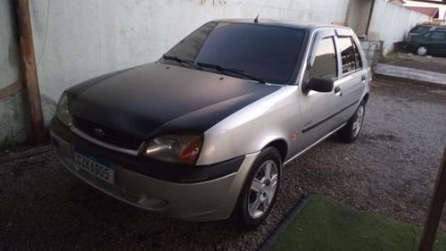 Imagem 1 de 1 de Ford Fiesta 2000 1.0 Gl Class 5p