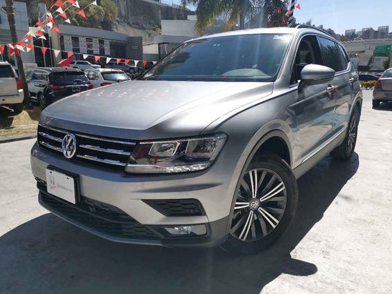 Volkswagen Tiguan 2020 5p Comfortline 3 Fila
