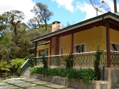 Casa Em Recanto Das Araucárias, Campos Do Jordão/sp De 300m² 3 Quartos À Venda Por R$ 900.000,00 - Ca97700