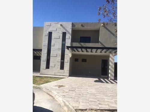 Casa En Venta En Fraccionamiento Las Trojes, Torreón