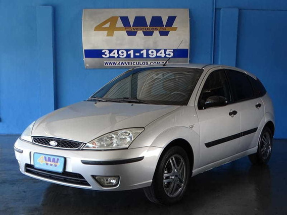 Ford Focus Hatch 2.0 16v 4p 2005