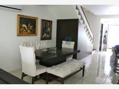 Casa Sola En Venta Fracc. Valle De Juriquilla