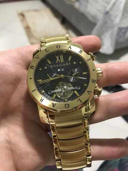 Relógio Bvlgari Iron Man Dourado Com Fundo Preto