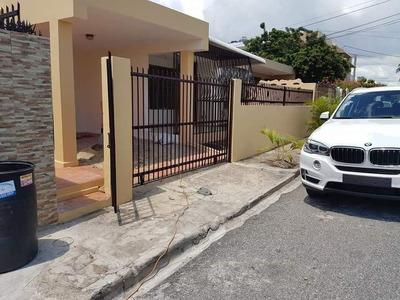 Casa En Renta Avenida Independencia