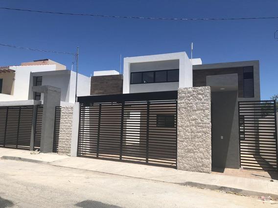 Casa En Venta En Merida, Entrega Inmediata - Montecristo ¡con Piscina Y Equipada!