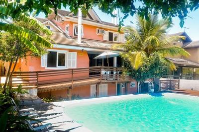 Casa Em Praia Mole, Florianópolis/sc De 400m² 4 Quartos Para Locação R$ 1.500,00/dia - Ca252521