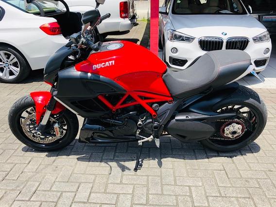 Ducati Diavel Carbon 1198cc 2011/2011