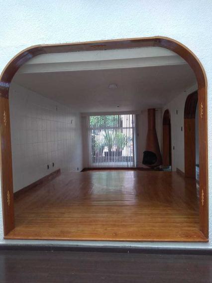 Hermosa Casa En Condominio En Calle Cóndor
