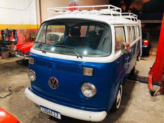 Volkswagen Kombi Kombi Luxo