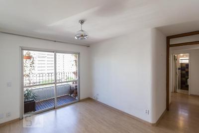 Apartamento No 10º Andar Com 2 Dormitórios E 2 Garagens - Id: 892932300 - 232300