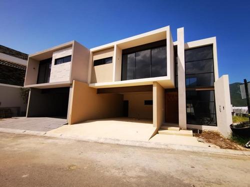 Imagen 1 de 12 de Casa Sola En Venta Amorada Residencial