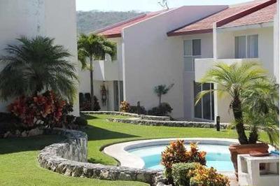 Casa En Venta En Fracc. Hacienda La Vista
