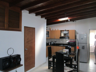 Apartamento Tercer Piso,2 Alcobas,buenos Acabados Sin Garaje