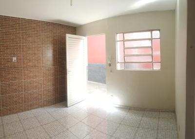 Casa Na Rua Jacuí No Bairro Floresta - Op572