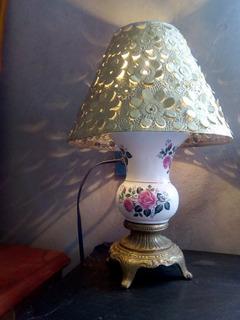 Lámpara Antigua De Cerámica Con Pantalla Decoración Vintage