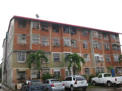 Apartamento En Venta En Maracay Madre Maria Cód:18-12633 Gjg