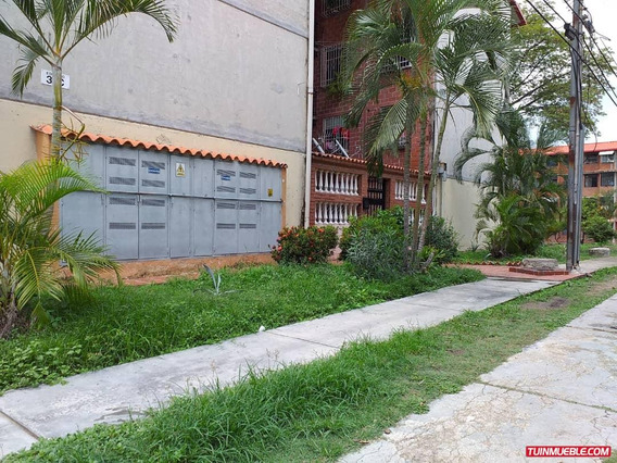 Apartamentos En Venta 04243180169