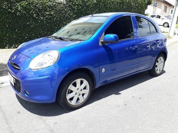 Nissan March 1.0 Rio 5p 2013