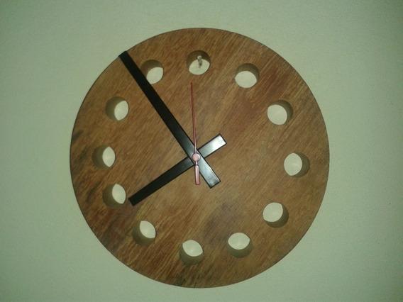 Relógio De Parede De Madeira Maciça