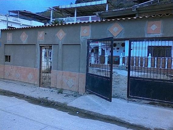 Venta Casa. La Guaira 04144902335