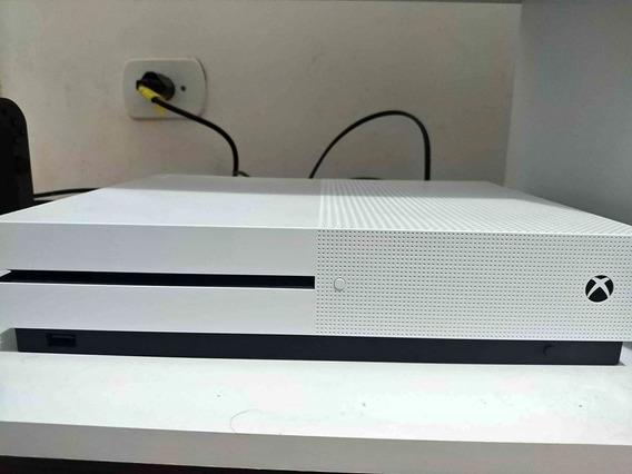 Xbox One S - 1tb Obs: Sem Controle