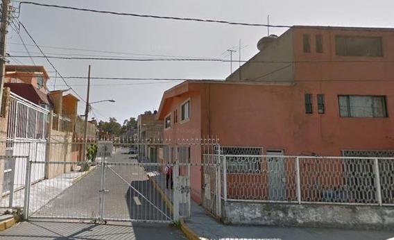 Remate Casa 3 Recámaras En Col. San Francisco Culhuacán