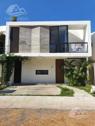 Casa En Renta En Arbolada Cancun