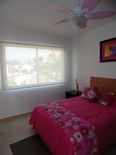 Casa En Condominio En Fraccionamiento Pedregal De Las Fuentes / Jiutepec - Est-733-cd